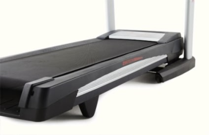 The Wide And Long Running surface Of The ZigTech 1910 Treadmill